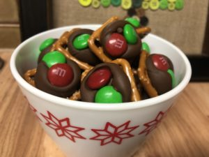 Holiday Pretzel Snacks-TK
